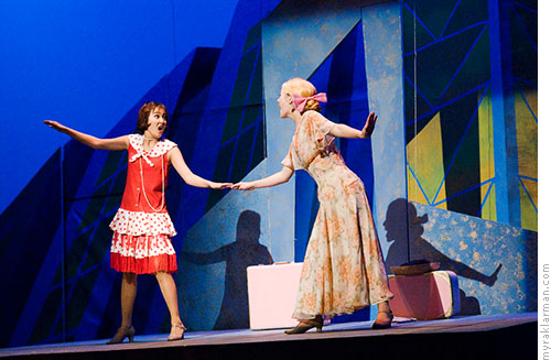 Pioneer Theatre Guild: Thoroughly Modern Millie | How the Other Half Lives — Millie and Miss Dorothy (Ashley Park, Clare Eisentrout)