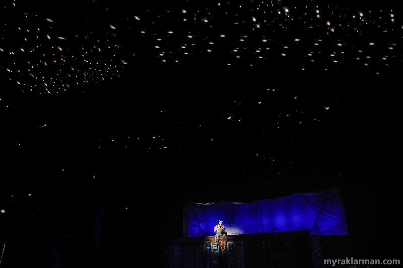 Shrek TheMusical | The beautiful night-sky envelops the audience in Schreiber Auditorium.