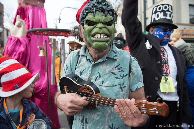 FestiFools 2014 | So glad that Ukelele virtuoso Lou Ferrigno made it out this year!