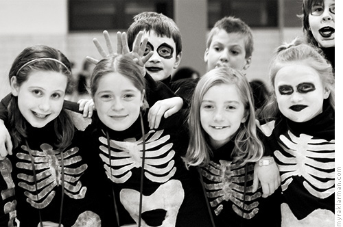 AuspiciousBeginnings | Fiddler on the Roof (2006) | Ghoulish fourth graders hang out in the Tappan Middle School cafeteria while awaiting their big dream scene.