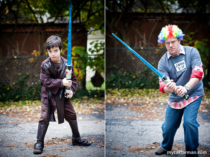 Halloween 2009 | Rollen Stewart (aka Rainbow Man) stopped by for some Jedi training.
