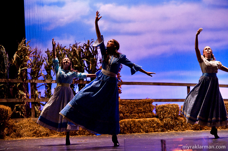 Pioneer Theatre Guild:Oklahoma! | The beginning of the Dream Sequence: gorgeous dancing and lighting.