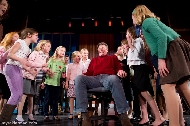 Burns Park Players: Getting Ready to Succeed! | The third graders exhibit nasty withdrawal symptoms from a vital — and, on any other day, company provided — chemical substance. (Stage crew member Bruce Elliot, sitting in for one of the actors, suffers their wrath.)